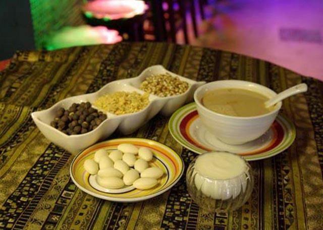 Tibetan Yaks Tea