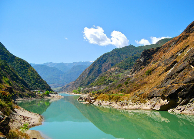 Yunnan Tiger Leaping Gorge