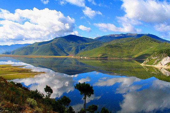 Resultado de imagem para Napa Lake