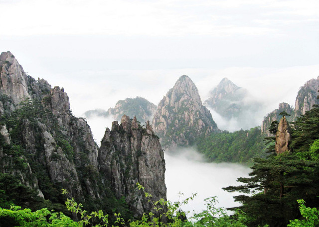 The Features of China Landscape | WindhorseTour.com