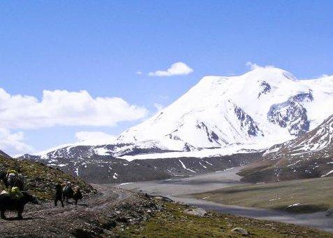 Qinghai Amnye Machen Trekking