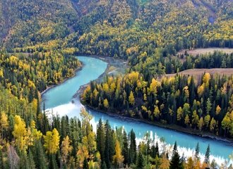 Travel to Kanas Lake in Xinjiang