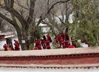 Sera monastery monks debating tibet tour