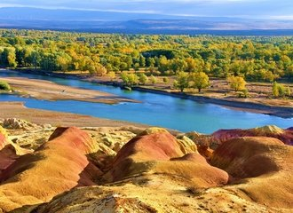 Five Colored Bay on the Kanas Lake Silk Road Tour
