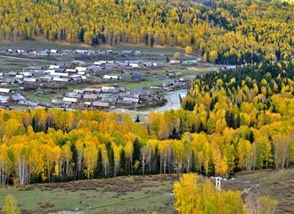 Hemu Village on Kanas Lake along a Xinjiang Tour