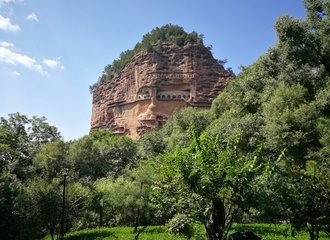 Maijishan Grottoes in Tianshui on a Silk Road Tour