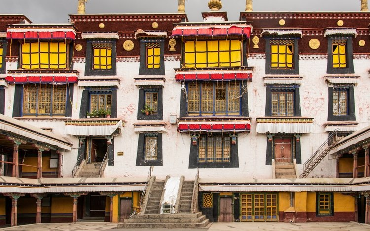 Drepung monastery assembly halls