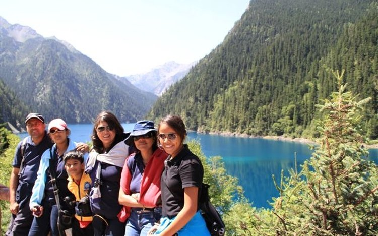Photo of clients in Jiuzhaigou National Park