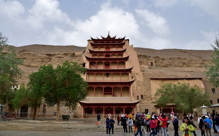 Tour the Dunhuang Mogao Grotto Caves