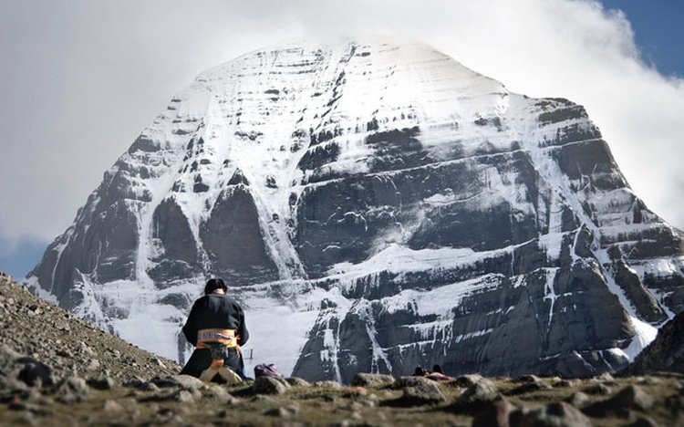 When to visit Mount Kailash