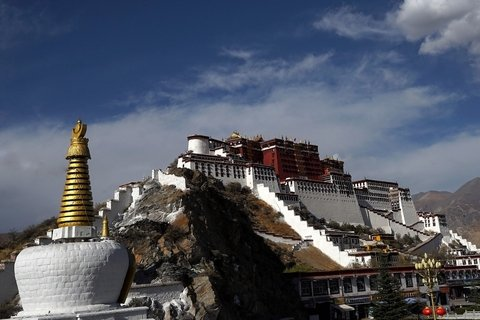 Potala-Palace-Tibet-tour