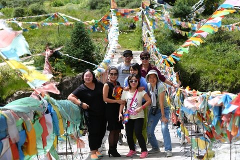 thai-groups-Yading-Nature-Reserve