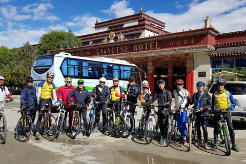 Cycling group in Gyantse