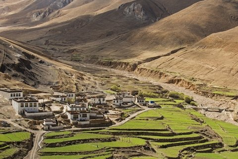 Villages along the way to Everest from Shigatse