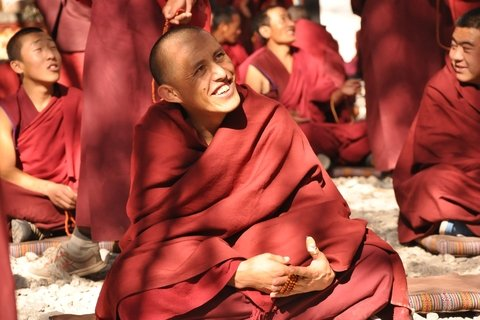 Monks debate Sera monastery