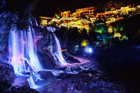 Night-view of Furong ancient town