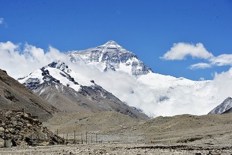 Best-time-visit-Tibet-Mount-Everest