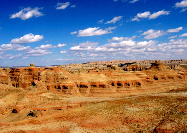 Explore Gaochang Ruins - Silk Road Tour