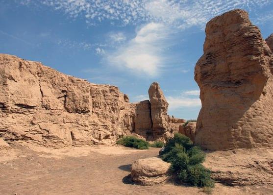Visit Xinjiang Jiaohe Ruins in Silk Road Journey